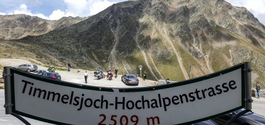 Jak szybko i tanio wyskoczyć motocyklem w Alpy na długi weekend?