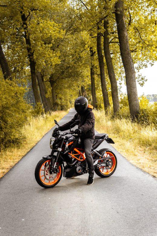 Motocykl jesienią