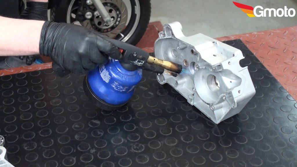 wymiana łożysk silnik motorynka